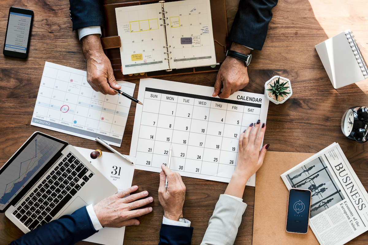 accountants tax planning with calendar